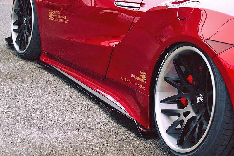Honda NSX od Liberty Walk nedostala jejich slavné rozšířené blatníky: - fotka 7