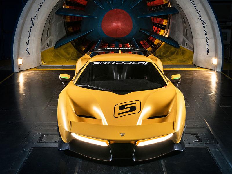 Fittipaldi EF7 Vision Gran Turismo by Pininfarina nabízí skutečné i virtuální svezení: - fotka 23