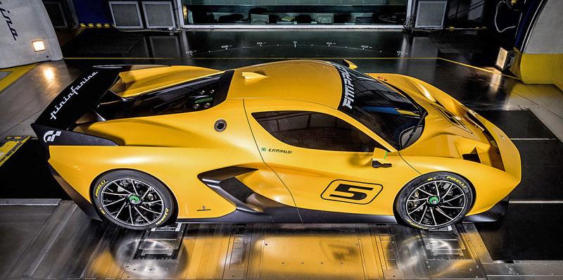 Fittipaldi EF7 Vision Gran Turismo by Pininfarina nabízí skutečné i virtuální svezení: - fotka 35