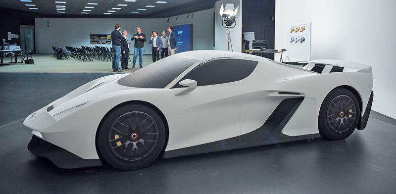Fittipaldi EF7 Vision Gran Turismo by Pininfarina nabízí skutečné i virtuální svezení: - fotka 52