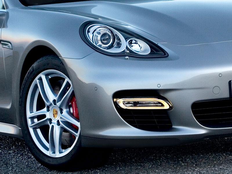 Porsche Panamera Turbo podrobně (4x video): - fotka 50