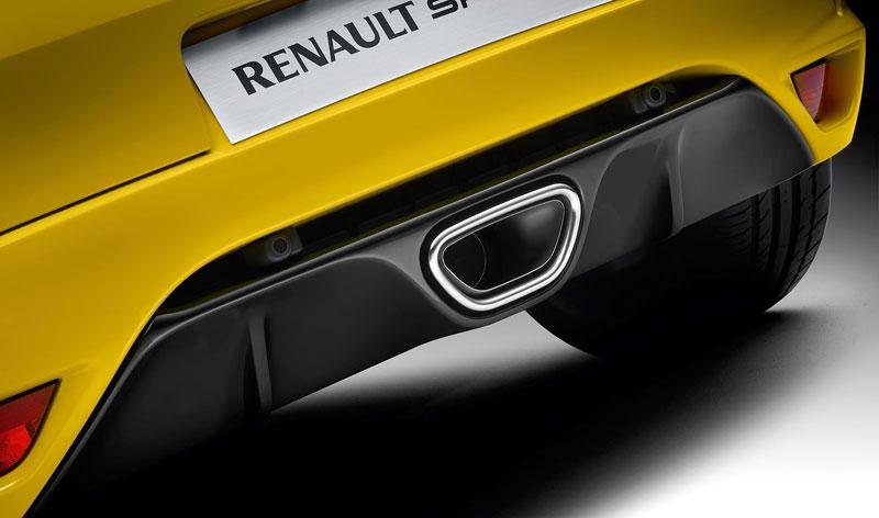 Renault Sport Experience: je libo protáhnout R26.R po okruhu?: - fotka 21