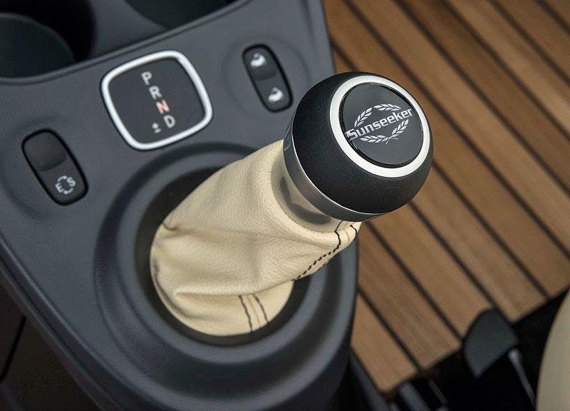 Brabus a Sunseeker proměňují Smart Fortwo v malou silniční jachtu: - fotka 6