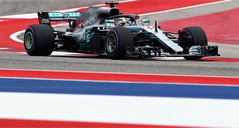Souboj o setiny: Pole position má pro GP USA 2018 Hamilton