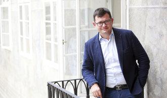 Zásadní není vláda sdůvěrou, ale důstojnost ČSSD, říká Jan Chvojka