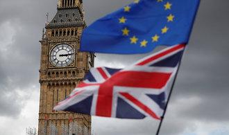 Lídři EU dali zelenou přípravě druhé fázi jednání o brexitu