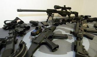 Svět má rekordní zájem o zbraně, radují se hlavně USA a Rusko