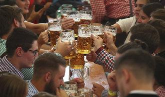 V Mnichově začal tradiční pivní festival Oktoberfest