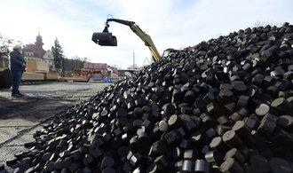 Méně uhlí, ropy a plynu zvedne zaměstnanost v energetice, tvrdí vládní studie