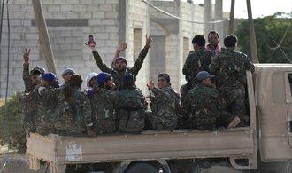 Dřívější hlavní bašta Islámského státu padla. Syrské město Rakka dobyly arabsko-kurdské milice