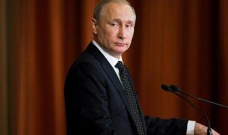 Putin: Obvin�n� Ruska z ovliv�ov�n� voleb v USA jsou hysterick�, maj� jen odv�d�t pozornost od probl�m�