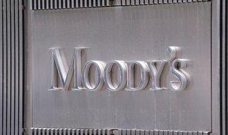 Moody's zvýšila výhled ratingu Česka ze stabilního na pozitivní