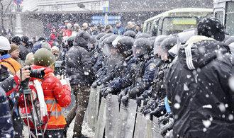 """Ani pět let po """"majdanu"""" není zjednána spravedlnost, tvrdí ukrajinská prokuratura"""