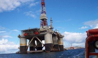 OPEC se dohodl na prodloužení omezení těžby
