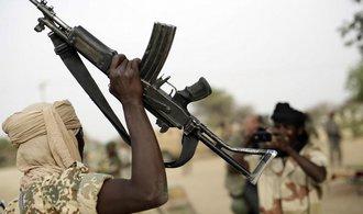 Násilnosti v Nigérii mají nejméně 86 obětí