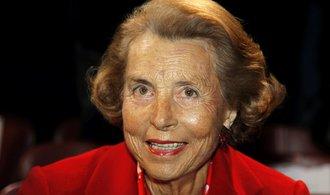Nejbohatší žena světa zemřela, hodnota jejího majetku se blížila bilionu