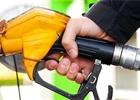 Chcete levně natankovat? Jeďte do Polska. Ceny paliv v ČR jsou rekordně vysoké