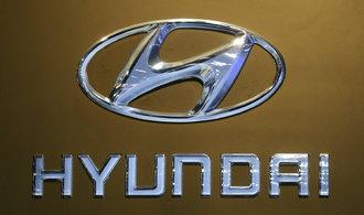 Hyundai m� nejni��� zisk za sedm let, poklesl jeden�ctkr�t za sebou
