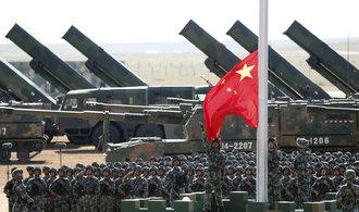 USA uvalily sankce na čínskou armádní agenturu, nakupovala zbraně z Ruska