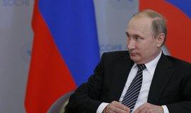 Putin jednal v Pekingu o energetice, doprav� a kosmick�m pr�myslu