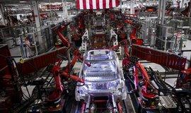 Trh s pr�myslov�mi roboty roste, nejv�ce se jich prod�v� v ��n�
