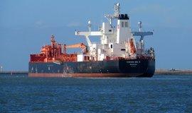 Pln� tankery nikam nepluj�. Kv�li cen�m ropy