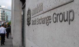Akcie hlavn�ch britsk�ch podnik� smazaly ztr�ty z brexitu