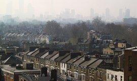 Brit�nie sn�� sklen�kov� emise o 57 procent, brexit c�l nezm�n�