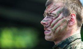 NATO si brous� zuby na staronov�ho nep��tele, Putin pr� chce jednat