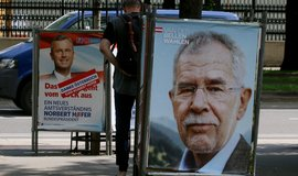 Raku�an� budou znovu volit prezidenta, rozhodl �stavn� soud