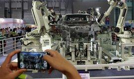 ��na chce do roku 2020 pat�it mezi deset zem� s nejv�t�� robotizac�