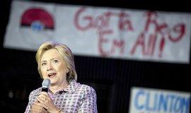 Clintonov� se stala prvn� prezidentskou kandid�tkou v historii USA