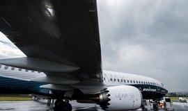 Boeing poprv� za sedm let spadl do �tvrtletn� ztr�ty, prod�lal �est miliard