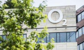 Z�kazn�ci maj� z�jem o nov� slu�by, tvrd� O2. Zisk vyrostl na 2,5 miliardy