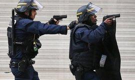 Francie z��d� N�rodn� gardu, m� zemi pomoci v boji s terorismem