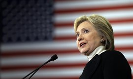 Clintonov� p�ijala kandidaturu. Trumpa ozna�ila za �i�itele strachu