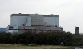Komplikace pro Hinkley Point: jadern� projekt znovu p�ezkoum� vl�da
