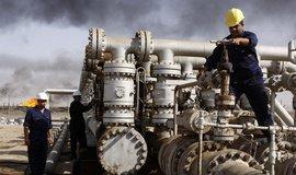 Ropn� obr Exxon vyd�lal o 59 procent m�n�, ceny jsou st�le n�zko