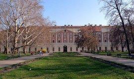 Praha, akademici i architekti cht�j� zastavit prodej Invalidovny