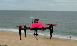 Na francouzsk� rivi��e bude tonouc� zachra�ovat dron