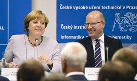 Sobotka: Merkelov� nemohla �ekat, �e zm�n�me n�zor na migraci
