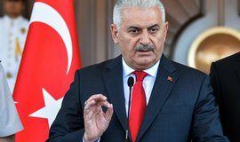 Turecko je ve v�lce se v�emi teroristy, prohl�sil po �toku premi�r