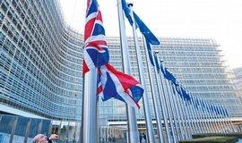 Brusel se zast�v� m�di� a op�t broj� proti Googlu