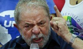 �pinav� pen�ze a �platky: Brazilsk� policie doporu�ila obvinit exprezidenta