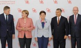 """N�meck� tisk: Merkelov� byla u V4 na """"nesplniteln� misi"""""""