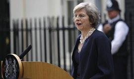 The Telegraph: Mayov� hodl� jednat o brexitu bez parlamentu