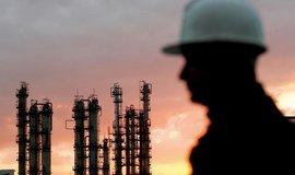 Ir�k chce podpo�it ceny ropy, hodl� v�ak d�l zvy�ovat t�bu