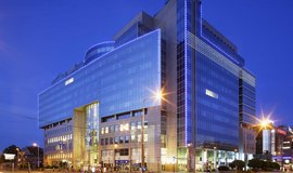 Nejv�t�� polsk� banka zv�ila zisk o �tvrtinu d�ky prodeji akci� Visa