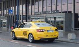 O �sp�chu v tendru na leti�tn� taxi rozhodovala stokoruna
