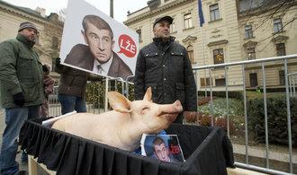 Konec bojů mezi Agrofertem a sedlákem Radou? Koncern stáhl insolvenci na zemědělcův podnik